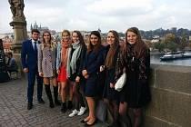 Gymnazisté převzali cenu vévody z Edinburgu.