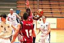 Svitavští basketbalisté vyhráli na plzeňské palubovce.