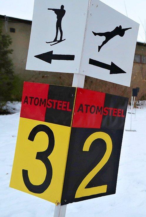 Biatlonové závody v podání svitavských gymnazistů.