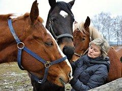 Jitka Jandlová se svými koňmi