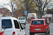 Oprava silnice I/35 v Litomyšli směrem od světelné křižovatky na Svitavy.