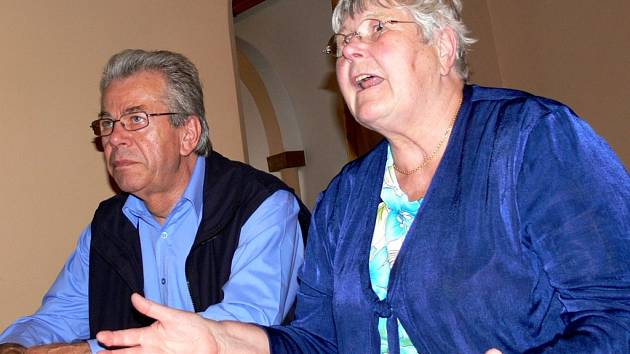 Vzpomínají. Renate Schwarzkopfová a Gottfried Troltsch se rádi vracejí do Svitav, kde vyrůstali.