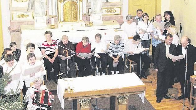 Vánoční koncert v kapli Domova na rozcestí patří k tradičním akcím klientů.