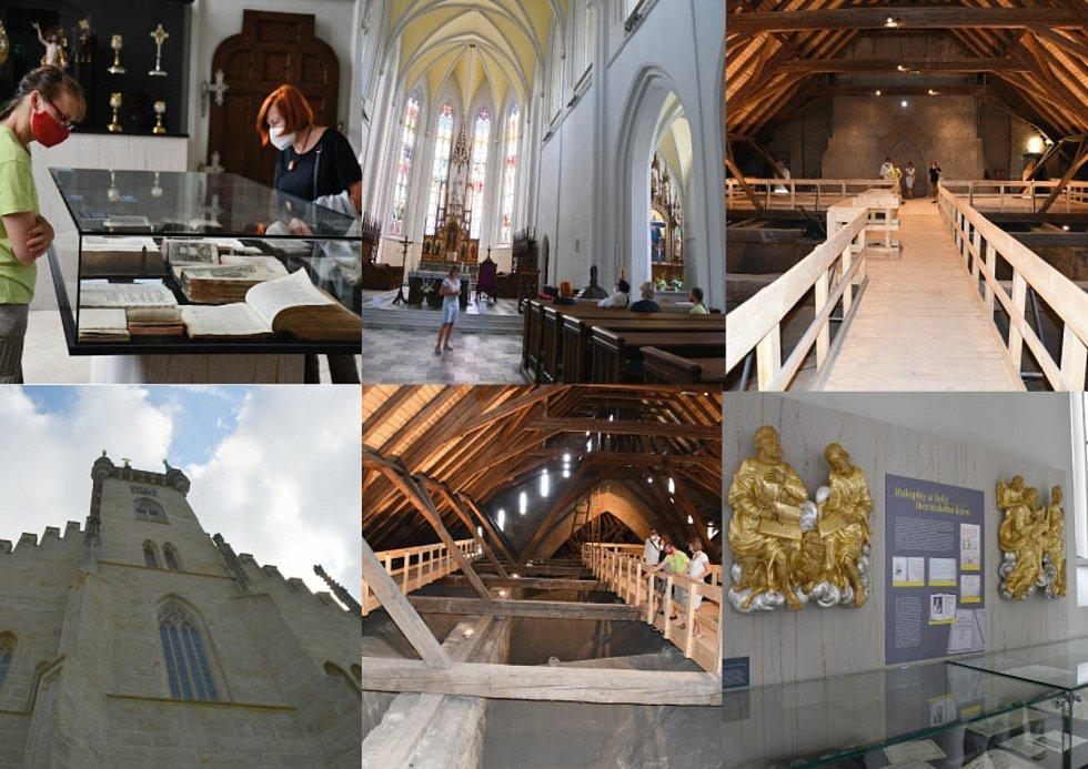 V opraveném kostele v Poličce se lidé dostanou až pod jeho střechu.