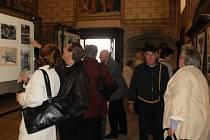Moravská Třebová na starých pohlednicích je určitě důvodem k návštěvě františkánského kláštera.