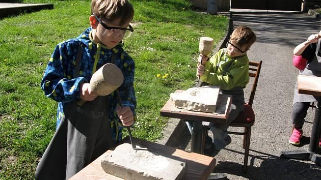 Kamenický workshop v muzeu.