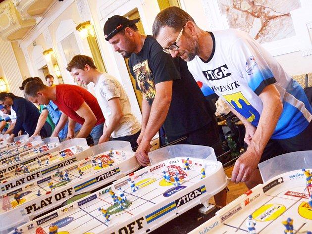 Umění nejlepších českých stiga hokejistů je pozoruhodné, jejich šikovné ruce dovedou opravdová kouzla.