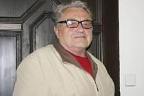 Bohumil Bednář vykonával funkci poličského zastupitele od roku 1976. Za práci mu v minulosti poděkoval i starosta.