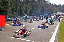Členové Autoklubu Moravská Třebová (AkMT) pokračují v přípravě osmého ročníku seriálu motokárových závodů s názvem Karting Cup. V letošním roce se uskuteční šest podniků.