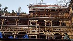 Rekonstrukce historických dřevěných leháren v Odborném léčebném ústavu v Jevíčku.