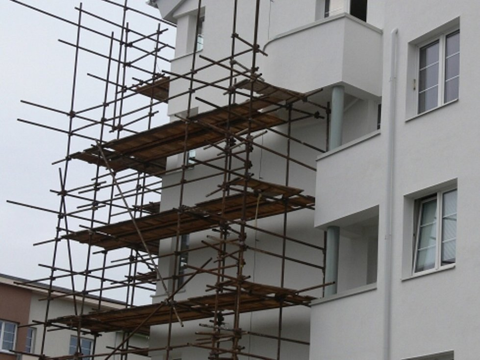 Oprava plesnivých bytů.