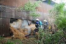 Požár zemědělského skladovacího objektu v Březové nad Svitavou.