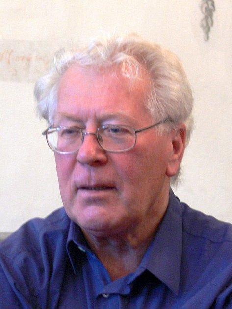 Profesor Milan Vítek.