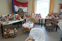 Výstava panenek v Oldřiši.