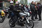 Motorkáři vyjeli v sobotu na svou první letošní společnou vyjížďku. Sraz měli jako vždy v Janově.