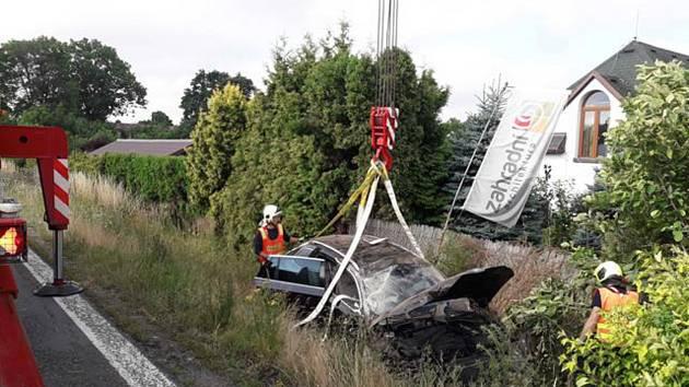 Dopravní nehoda dvou osobních automobilů v Hradci nad Svitavou měla za následek dvě lehká zranění.