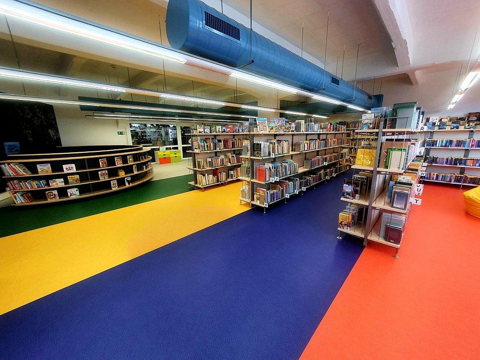 Dětské oddělení svitavské knihovny je v novém kabátě a nabízí i virtuální realitu.