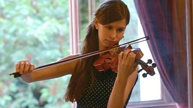 Zahajovací koncert houslových kurzů v Litomyšli.