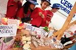 Třiašedesát tisíc korun vydělali desetiletí školáci z Poličky během dvouměsíčního projektu Abeceda peněz.