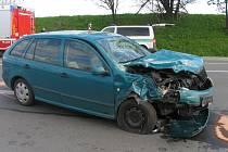 Nehoda na křižovatce silnic prvních tříd u Opatova.