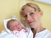 TEREZA HAVLÍČKOVÁ. Holčička přišla na svět 11. července v 1.13 hodin. Vážila 3,4 kilogramu a měřila půl metru. Tatínek Lukáš byl mamince Haně u porodu oporou. Bydlí ve Starém Svojanově.