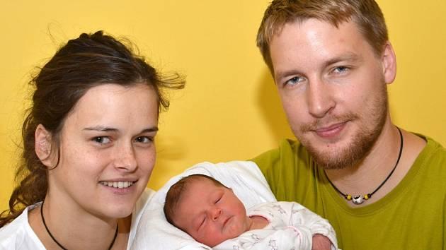ADÉLA PATOČKOVÁ. Narodila se 11. října Kateřině a Tomášovi ze Sebranic. Měřila 49 centimetrů a vážila 2,9 kilogramu.