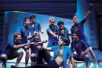 Roztančená ABBA. Taneční choreografie na hudbu megahitů skupiny ABBA je dílem Anthony van Laasta.