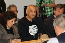 Kultivované diskuze a výstavy, tak vypadala sobota, která se nesla ve znamení dvacátého výročí setkání prezidentů v Litomyšli.