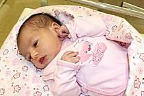VERONIKA HOMOLOVÁ je první dcerka manželů Kristýny a Michala ze Sebranic. Narodila se 21. února ve 14.02 hodin. Vážila 3,15 kilogramu a měřila půl metru. Na sestřičku doma čekal čtyřletý Vojtíšek.