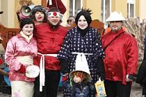 Minulou sobotu odpoledne prošel masopustní průvod také Korouhví u Poličky.