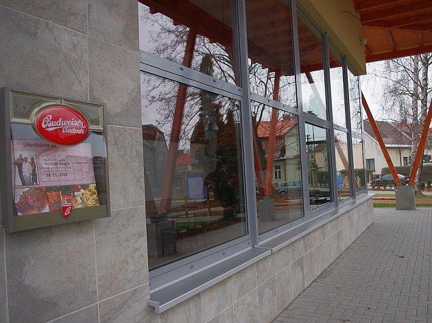 Nově otevřená restaurace na svitavském stadioně.
