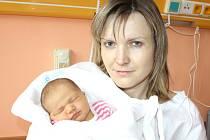 TEREZA STEHLÍKOVÁ. Slečna přišla na svět 25. března v 7.52 hodin v litomyšlské porodnici. Vážila 3,45 kilogramu a měřila půl metru. S rodiči Renatou a Milanem a sestřičkou Kristýnou bydlí ve Vysokém Mýtě.