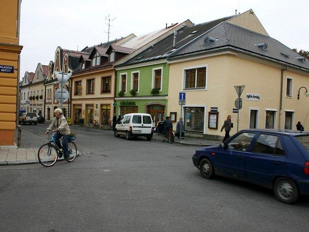 Vyřešení dopravní situace v centru Poličky, které začne platit od ledna příštího roku.