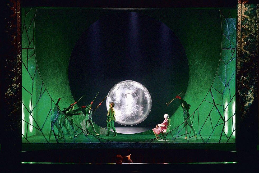 Rusalka. Pořadatelé Národního festivalu Smetanova Litomyšl zveřejnili program letošního ročníku. Na nádvoří zámku se vrací opery a velké koncerty.