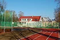 Nové sportovní hřiště.