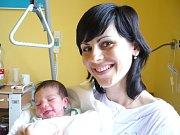 MARTIN MALÝ. Rodiče Jana a Josef z Horní Ředice se od 5. května 22.20 hodin radují z narození syna. Sestřičky litomyšlské porodnice mu navážily 3,5 kilogramu a naměřily 54 centimetrů. Tatínek byl mamince u porodu oporou.