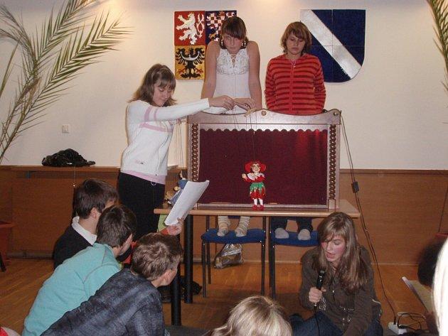 Pohádkové odpoledne připravilo pro děti i dospěláky Společenské centrum ve Bělé nad Svitavou