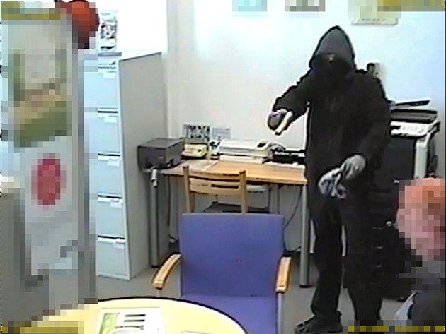 Přepadení banky v Brněnci.