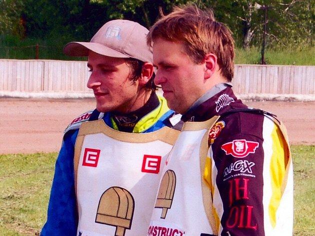 Svitavská dvojice Pavel Fuksa (vlevo) a Roman Andrusiv. Třetí člen týmu J. Petrák onemocněl a náhradníka se již nepodařilo zajistit.
