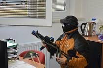 Aktivní střelec. Policejní cvičení v Litomyšli