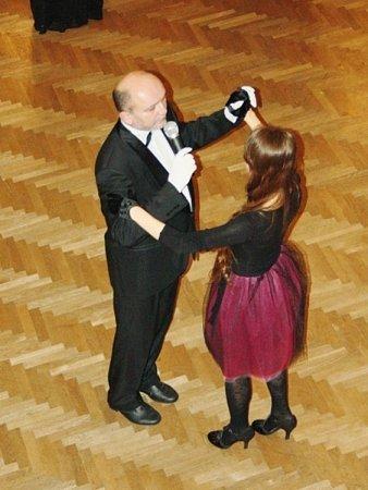 JAN BÍLEK je učitelem tance už třicet let.