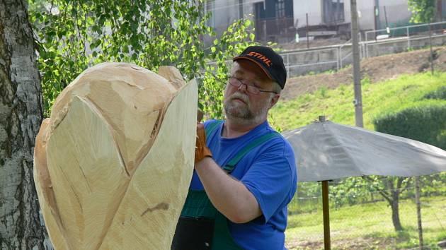Dřevosochání se stalo novou tradicí.