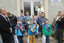 Základní a mateřská škola v Dlouhé Loučce přivítala po prázdninách žáky v novém kabátě