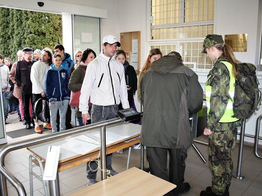 Přijímací zkoušky na vojenskou školu v Moravské Třebové.