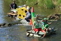 V sobotu 9. července se konal 18. ročník tradiční neckyády neboli sjezdu řeky po trase půl kilometru vším možným i nemožným.