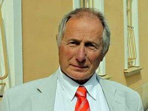 František Matoušek.