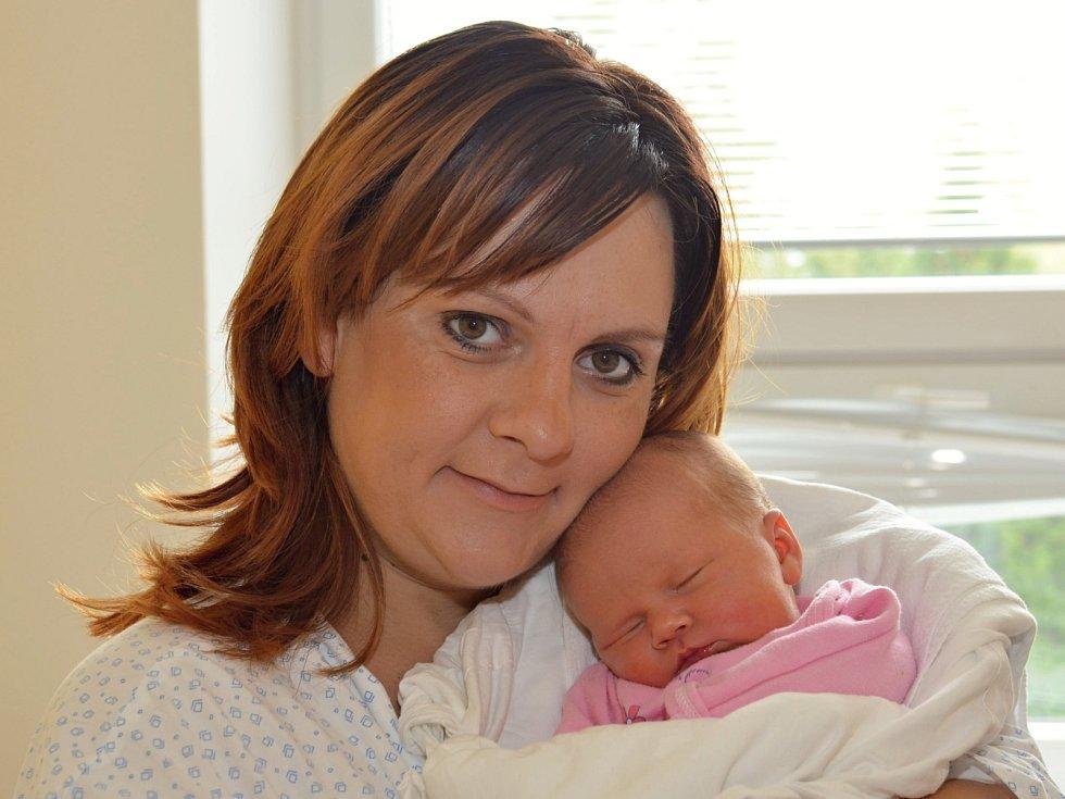ROZÁLIE BÁLSKÁ. Narodila se 22. září Lucii a Martinovi z Litomyšle. Měřila 51 centimetrů a vážila 3,8 kilogramu. Má sestru Adélku.