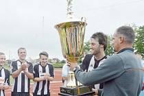Rok 2016 a Qanto Cup v rukách hráčů VPS Novabrik Polička.