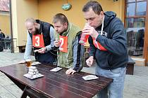 Jaroslav Němec (vpravo) nedal opět svým soupeřům šanci.