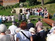 Tradice otvírání studánek se vrací do Vlčkova u Litomyšle